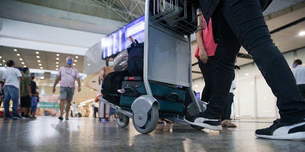 Demanda por voos domésticos cresce 42,5% em julho, em comparação com junho